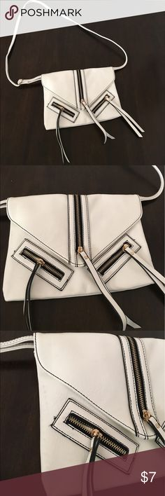 Forever 21 Small Zipper Crossbody Bag F21 small off-white crossbody bag with zipper accents. In good condition despite some discoloration on the right side of the bag (shown in picture). Forever 21 Bags Crossbody Bags