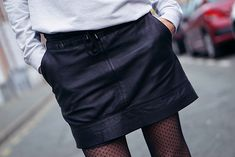 #jupecuir Parfait, Fashion Blogs, Leather Skirt, My Style, Skirts, Outfits, Fashion Ideas, Outfit, Skirt