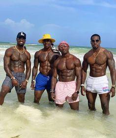 Strong Black Man, Men In Black, Hot Black Guys, Gorgeous Black Men, Just Beautiful Men, Handsome Black Men, Hot Guys, Dreadlocks Men, Black Muscle Men