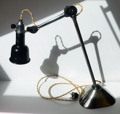 Art Deco French industrial table lamp GRAS patented SGDG, model 205, oculist. First period. France, 1920's.
