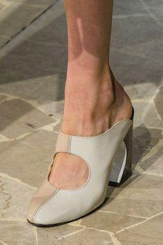 Arthur Arbesser at Milan Fashion Week | Spring 2018 | Photo: Imaxtree via Livingly.com