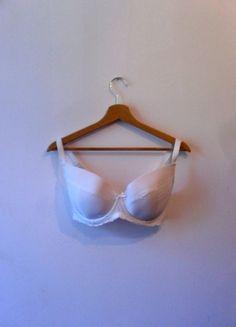 Kup mój przedmiot na #vintedpl http://www.vinted.pl/damska-odziez/biustonosze/14417070-bialy-biustonosz-change-lingerie