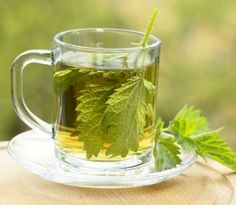 Discover simple ways to lower creatinine levels naturally while improving your kidney function. And understand why lowering creatinine should not be your only goal when treating kidney disease. Nettle Tea Benefits, Health Benefits, Health Tips, Herbal Remedies, Natural Remedies, Allergy Remedies, Nettle Leaf Tea, Foods For Clear Skin, Creatinine Levels