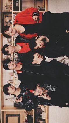 ˎˊ˗ - + v + hobi lockscreens Jhope, Namjoon, Bts Bangtan Boy, Taehyung, Foto Bts, Bts Photo, Bts Memes, Kdrama, Wallpaper 2016
