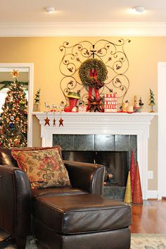 Decorating the Mantel for Christmas by Unskinny Boppy.