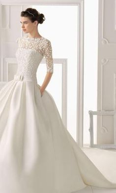 Rosa Clara 14: buy this dress for a fraction of the salon price on PreOwnedWeddingDresses.com