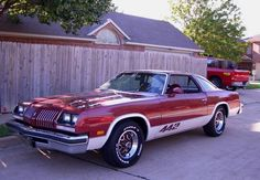 1976 Oldsmobile 442. My badass mom owns one of these.