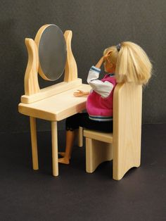 Dressing Table with Chair by ToysByJohn on Etsy, $8.99