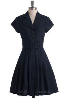 modcloth modern update on the new look shirtwaist dress Vestidos Vintage Retro, Retro Vintage Dresses, Vintage Outfits, Vintage Style, Lady Like, 1960s Fashion, Vintage Fashion, Punk Fashion, Lolita Fashion