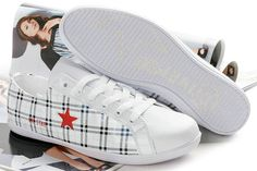 Converse One Star Leather Printed Plaid OX Shoes White Red Outle Cute Converse Shoes, Converse Style, Converse One Star, Converse Sneakers, Men Sneakers, Adidas Shoes, Jordan Shoes For Women, Michael Jordan Shoes, Air Jordan Shoes