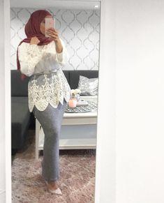 Inspirationofahijabi Islamic Fashion, Muslim Fashion, Modest Fashion, Hijab Dress Party, Hijab Outfit, Hijab Style, Hijab Chic, Street Hijab Fashion, Abaya Fashion