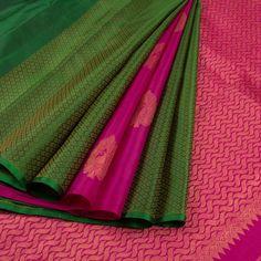 Handloom Green Pure Zari Jacquard Kanjivaram Silk Saree With Partly Pallu Meena Bridal Silk Saree, Organza Saree, Saree Wedding, Silk Saree Kanchipuram, Kanjivaram Sarees, Bottle Green Saree, Pattu Saree Blouse Designs, Pure Silk Sarees, Sari Silk