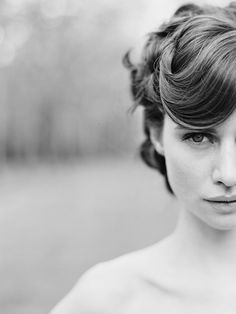 Gorgeous portrait by Elizabeth Messina, black and white photo, seniors, styling, framing, gorgeous