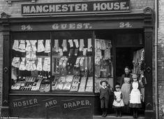 The Face of Shrewsburys Trade: Amazing Vintage Photographs Captured Shropshire Shop Fronts in 1888 ~ vintage everyday Victorian Street, Victorian Era, Victorian London, Edwardian Era, Manchester House, Old Street, Shop Fronts, Old London, London Pubs