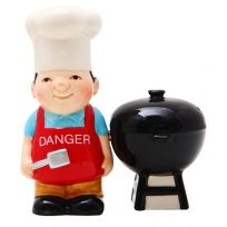 Barbecue Grill Chef Salt And Pepper Shakers