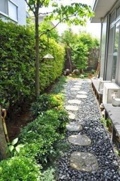 Side House Landscaping Ideas With Rocks 22