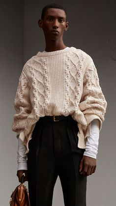 Cable Knit Cotton, Wool and Cashmere Blend Sculptural Sweater Natural White 60 Fashion, Knit Fashion, Fashion 2020, Cool Sweaters, Cable Knit Sweaters, Cashmere Sweaters, Vintage Crochet Patterns, Comfortable Outfits, Pulls