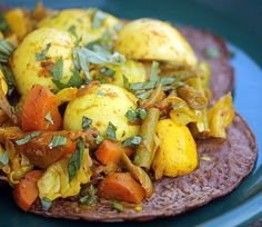 Project Food Blog Challenge #2: Injera and Wot (A Traditional Ethiopian Meal) | No eggs