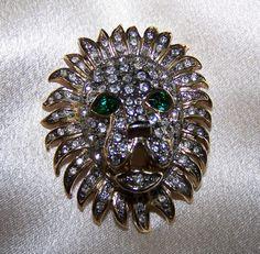 Vintage Rhinestone Lion's Head Brooch Pin by JanesVintageJewels, $28.00