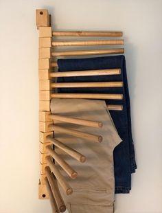 Woodworking Plans, Woodworking Projects, Diy Furniture, Furniture Design, Wall Design, House Design, Pants Rack, Wooden Rack, Closet Designs