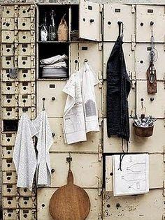 Would be a great bookshelf! (Interior design / home decor)