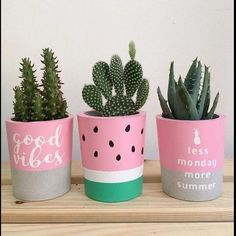 Thanks a lot La Planta for sharing this beautiful photo with the plant co… Modern is part of Diy flower pots Thanks a lot La Planta for sharing this beautiful photo with the plant c - Painted Plant Pots, Painted Flower Pots, Concrete Pots, Concrete Crafts, Cement Planters, Diy Garden Decor, Diy Room Decor, Garden Decorations, Garden Ideas