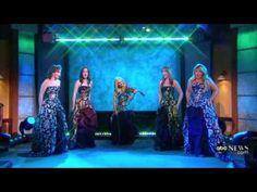 Celtic Woman - O, America! Lisa Kelly, Celtic Women, Celtic Music, Celtic Thunder, Irish Roots, Irish Celtic, Irish Traditions, Pop Songs, Music People