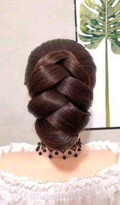 Hair Ponytail Styles, Front Hair Styles, Medium Hair Styles, Hairdo For Long Hair, Bun Hairstyles For Long Hair, Braided Hairstyles, Hair Style Vedio, Hair Tutorials For Medium Hair, Bridal Hair Buns