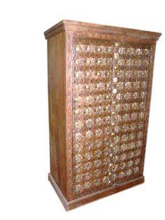 Haveli Old Door Brass Cabinet Chest Antique Wardrobe Armoire India 67 Armoire Antique, Antique Wardrobe, Antique Doors, Cabinet Furniture, Wooden Furniture, Antique Furniture, Furniture Decor, Rustic Cabinets, Antique Cabinets