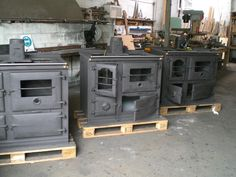 About Us   Homewood Stoves - cast-iron wood stove manufacturers