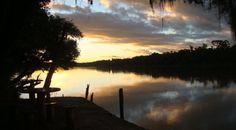 atardecer en el río iguazú superior