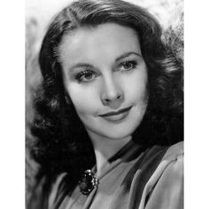 """Vivian Mary Hartley, later known as VIVIEN LEIGH November 1913 – 8 July was an English stage and film actress. She won two Academy Awards for Best Actress for her performances as """"Southern belle"""" Scarlett O'Hara in Gone with the Wind . Old Hollywood Glamour, Golden Age Of Hollywood, Vintage Hollywood, Hollywood Stars, Classic Hollywood, 1940s Actresses, British Actresses, Hollywood Actresses, Actors & Actresses"""