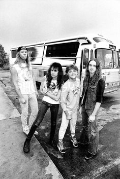 """Ross Halfin Photography on Facebook (15-Dec-2014): """"A bit of vintage Metallica, on the road between Minneapolis and Des Moines."""""""