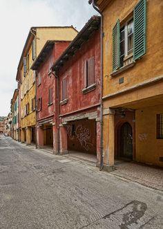 I Portici di Bologna visti da Claudio Alba: Facciate dei Portici di Via S.Caterina
