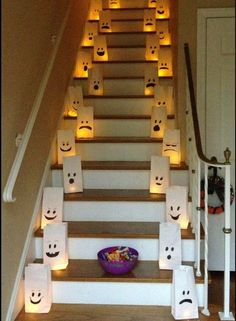 Flame Free DIY Halloween Luminaries Flame Free DIY Halloween Luminaries DIY flame free Halloween inside or outside luminaries. Easy craft idea from www.crayonsandcol The post Flame Free DIY Halloween Luminaries appeared first on Halloween Party. Spooky Halloween, Diy Halloween Luminaries, Easy Halloween Decorations, Dollar Store Halloween, Halloween Crafts For Kids, Halloween Birthday, Halloween Party Decor, Holidays Halloween, Halloween Cocktails