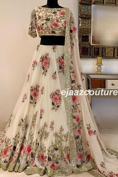 Looking for Bridal Lehenga for your wedding ? Dulhaniyaa curated the list of Best Bridal Wear Store with variety of Bridal Lehenga with their prices Indian Bridal Outfits, Indian Bridal Lehenga, Indian Designer Outfits, Lehenga Choli Wedding, Indian Bridal Wear, Indian Wear, Party Wear Lehenga, Party Wear Dresses, Indian Gowns Dresses