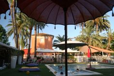 restaurant con piscina