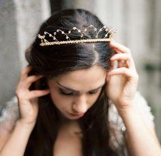 Bridal crystal crown, Wedding headpiece by Honeypiebridal  #bridal #headpiece #wedding #weddingheadpiece