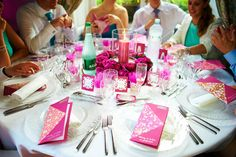 The fuchsia table at my wedding (10 tables, 10 different colours each) #multicolor wedding