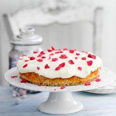 Lemon and Poppy Seed Buttermilk Cake - Good Housekeeping