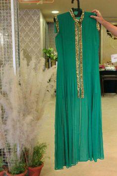 Wedding Gift For Sister Flipkart : 1000+ images about dress design on Pinterest Pakistani, Anarkali and ...