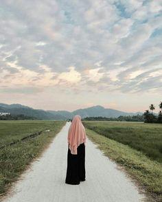 Versions Share ©by:  █║Rhèñdý Hösttâ║█  Thank you for visiting my pin in Pinterest♡ Hijab Niqab, Muslim Hijab, Hijab Chic, Mode Hijab, Casual Hijab Outfit, Hijab Dress, Beautiful Hijab Girl, Hijab Style Tutorial, Niqab Fashion
