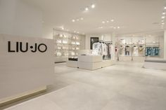 LIU JO Flagship Store by Christopher Goldman Ward, Knokke – Belgium » Retail Design Blog