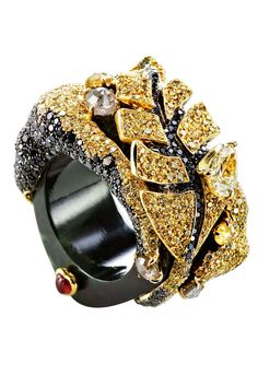 Chara Wen Life collection ring with yellow and black diamonds on a black jade band.