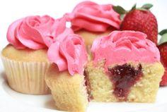 FAITH FAIRIES STRAWBERRY MINI CUPCAKE Exquisite vanilla cupcake filled with strawberry jam and topped with yummy pink buttercream frosting. (Vanilla cupcake dengan rasa istimewa, diisi dengan selai stroberi beserta buttercream merah muda yang nikmat.)