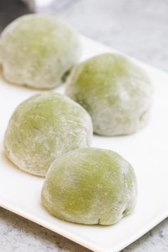 Asian Desserts, Just Desserts, Dessert Recipes, Easy Ice Cream Recipe, Ice Cream Recipes, Green Tea Recipes, Mango Mochi Recipe, Green Tea Mochi, Japanese Desserts