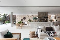 Completed in 2017 in Newport, Australia. Images by Tom Ferguson Photography. The Waterfront Retreat is the epitome of an Australian dream home, adorned with a private beach, garden and open-plan living. Timber Wall Panels, Timber Walls, Indoor Outdoor Living, Outdoor Spaces, Architects Sydney, Newport House, Jennifer Hawkins, Villa, 5 Bedroom House
