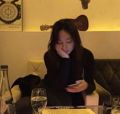 """""""Krystal is the kind of girlfriend who snaps every precious moments she spend with her boyfriend"""" Krystal Fx, Jessica & Krystal, Jessica Jung, Krystal Instagram, Instagram Posts, Krystal Jung Fashion, Ice Princess, Sulli, Korean Artist"""