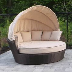 Luxo Avoca Pe Wicker Outdoor Day Bed Brown Dlxpddb154