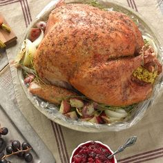 Easy Thanksgiving Turkey in an Oven Bag – Reynolds Kitchens - Make some simple Meal Magic with this delicious recipe from Reynolds Kitchens.